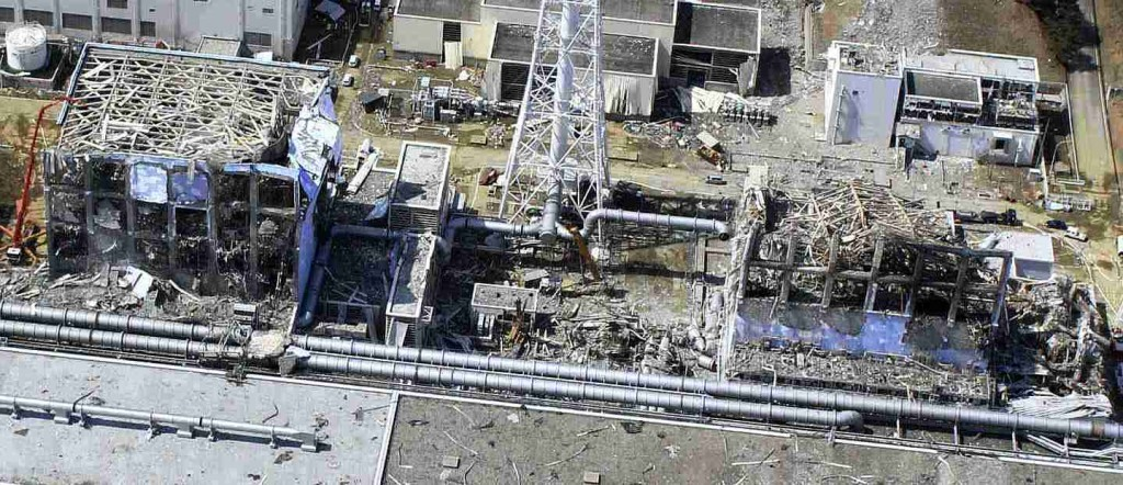 フクシマ原発爆発跡