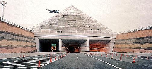 港湾トンネル